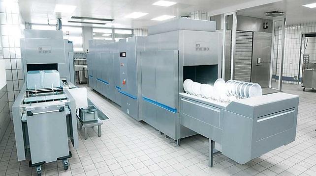 Flight Type Conveyor Dishwasher